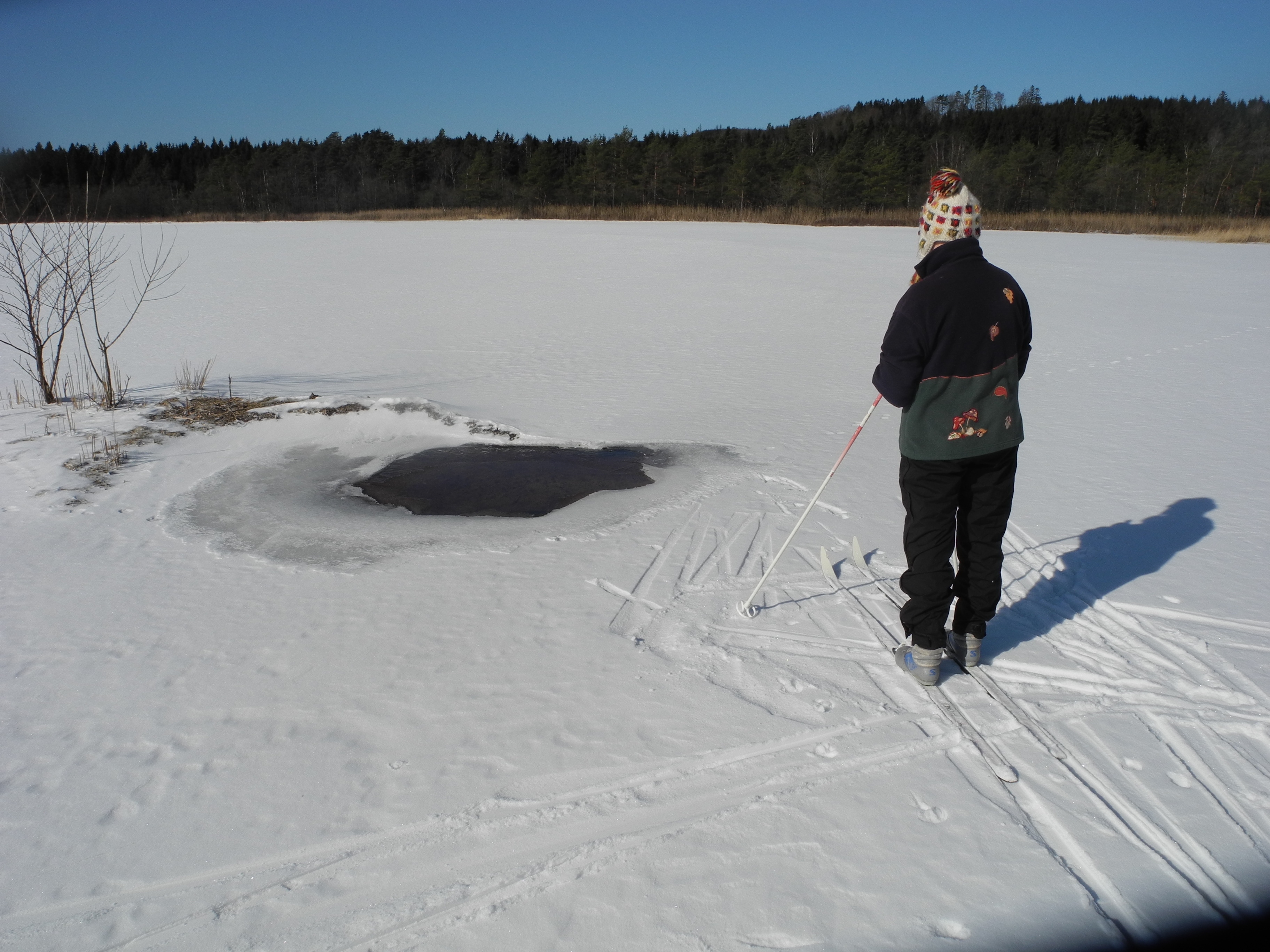 ok snö på sjön